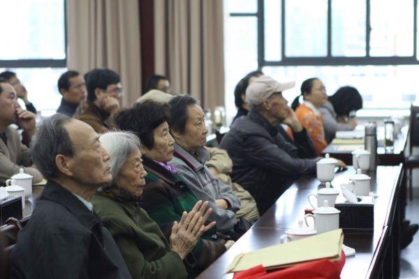 【鏡頭】全省各地干部群眾收看十九大開幕會