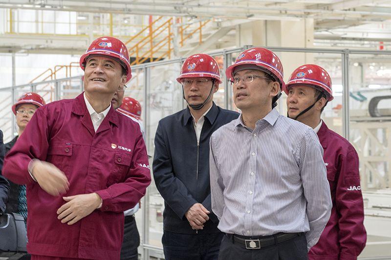刘惠在省国资委、省教育厅调研时强调:提高政治站位 扛起管党治党责任
