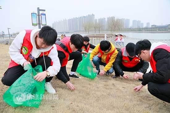 """宿州青年志愿者""""雷锋月""""再出发"""