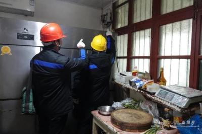 灵璧县:护航留守家庭春节用电