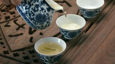 【公益广告】人生当如茶 清廉胜浮华