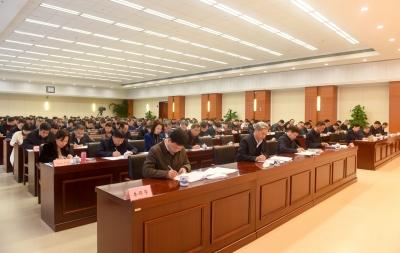 省紀委監委開展憲法知識測試:以考促學 切實提高工作法治化水平