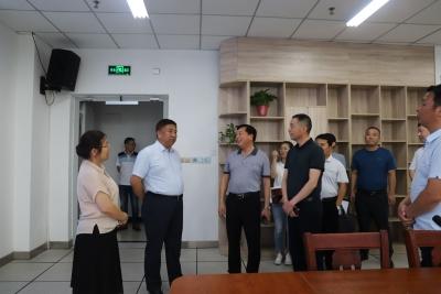 陈永红到县融媒体中心、县税务局、县数据资源管理局调研