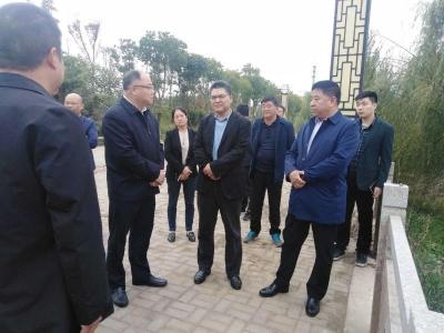 市委常委、政法委书记吴桂林来我县督查得胜河治理情况